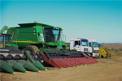 John Deere 9660 STS Combine harvesters and harvesting equipment