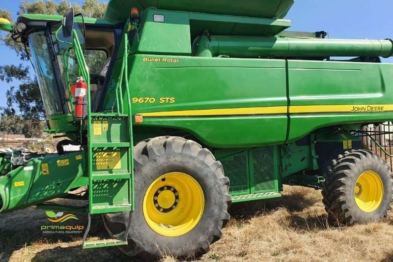 John Deere Combine harvesters and harvesting equipment Grain harvesters John Deere 9670 STS + 625 F + 608 C 2011
