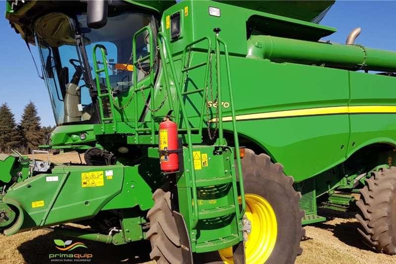 John Deere Combine harvesters and harvesting equipment Grain harvesters John Deere S 670 2015