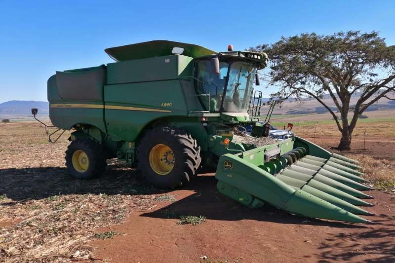 John Deere Combine harvesters and harvesting equipment Grain harvesters S660 2012