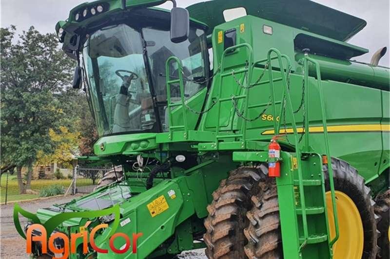 John Deere Harvesting equipment 2012
