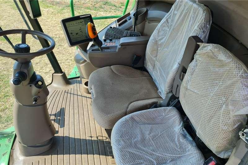 John Deere 2012 John Deere S660 combine Harvesting equipment
