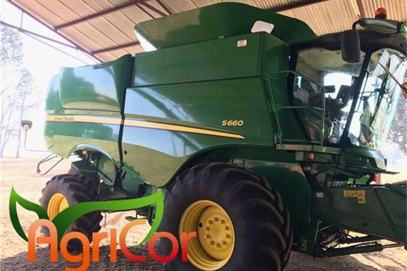 John Deere Harvesting equipment 2014