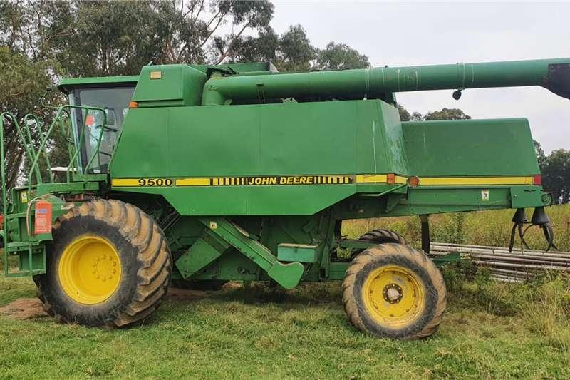 John Deere 9500 stroper Harvesting equipment