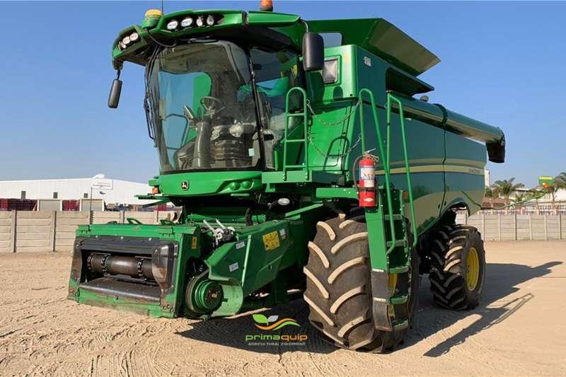 John Deere Harvesting equipment Grain harvesters John Deere S 660 2016