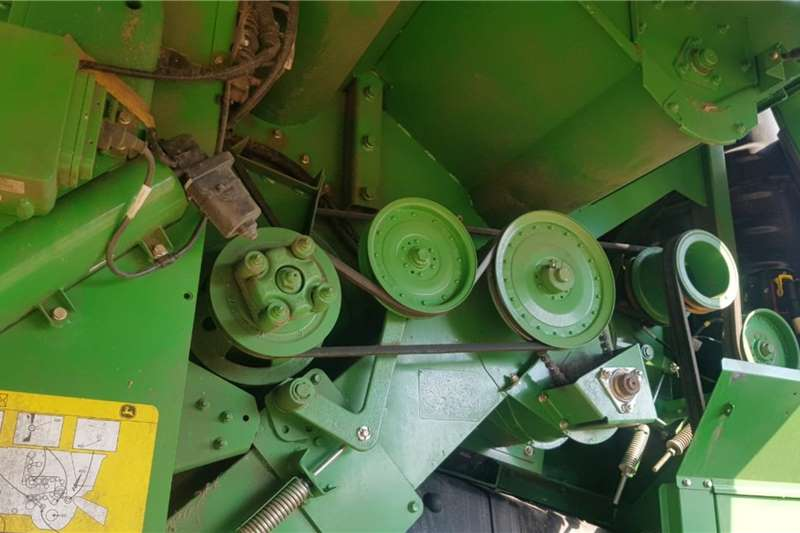 John Deere Grain harvesters John Deere S 760 Harvesting equipment