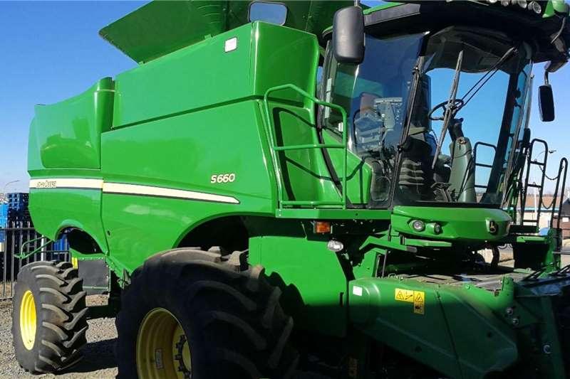 John Deere Harvesting equipment Grain harvesters John Deere S660 2013
