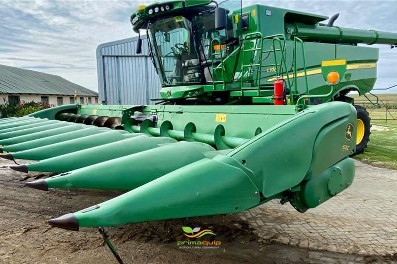 John Deere Harvesting equipment Grain headers John Deere 612 C 2012