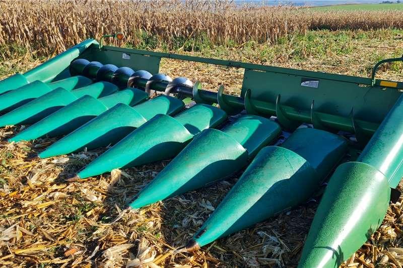 John Deere John Deere 893 8row 0.76cm Maize Header Harvesting equipment