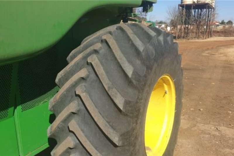 John Deere John Deere 9660 STS Combine Harvesting equipment