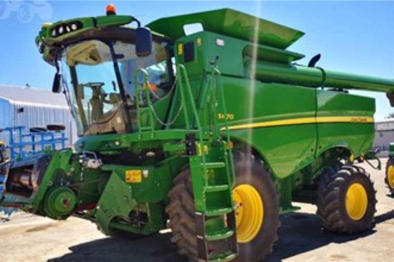 John Deere Harvesting equipment JOHN DEERE S6701221 Hours 2015