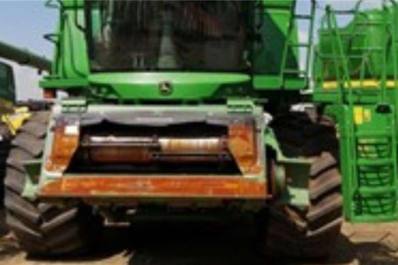 John Deere Harvesting equipment JOHN DEERE S6702548 Hours 2013