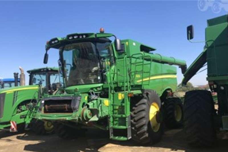 John Deere Harvesting equipment JOHN DEERE S670711 Hours 2018