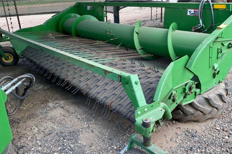 John Deere Harvesting equipment Pick-Up headers John Deere 914 Pick Up