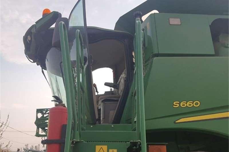 John Deere S660 Harvesting equipment