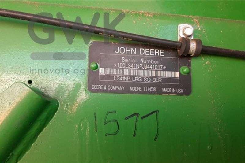 John Deere Square balers John Deere L341 Haymaking and silage