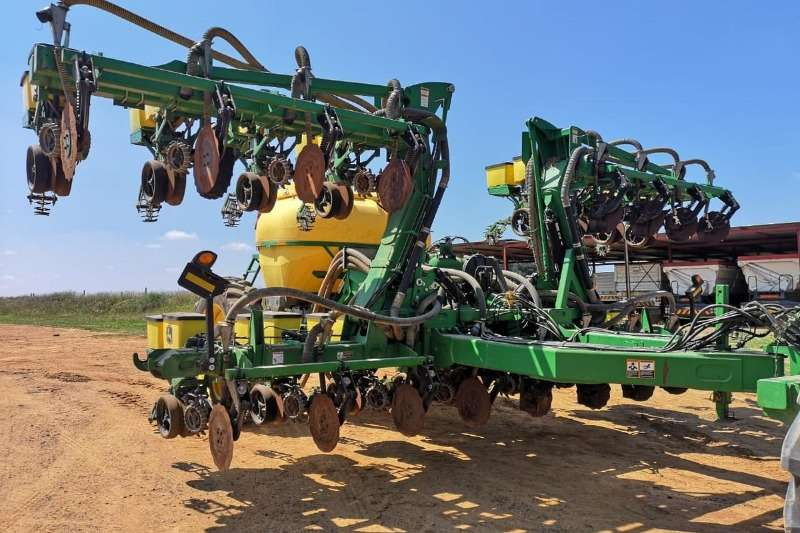 John Deere Planting and seeding Drawn planters John Deere 1516 FX (91cm) 2015