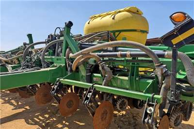 John Deere Drawn planters John Deere 1516 FX (91cm) Planting and seeding