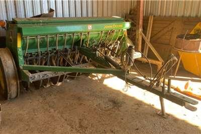 John Deere John Deere BD1111 2.5m grain planter Planting and seeding equipment
