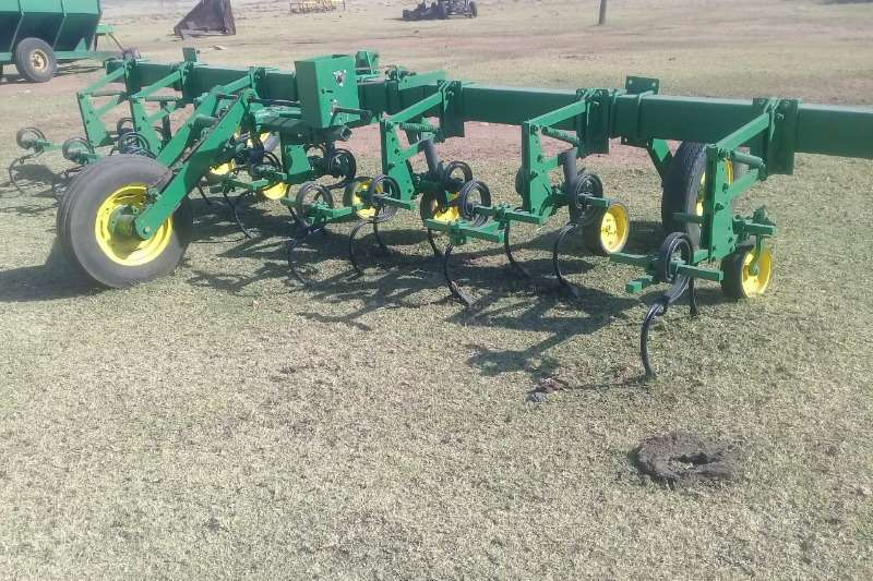 John Deere Planting and seeding John Deere 6Ry Skoffel