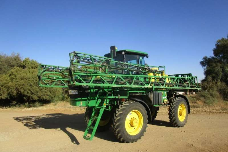 John Deere Sprayers and Spraying Equipment Boom Sprayers John Deere 4630 Narrow 2012