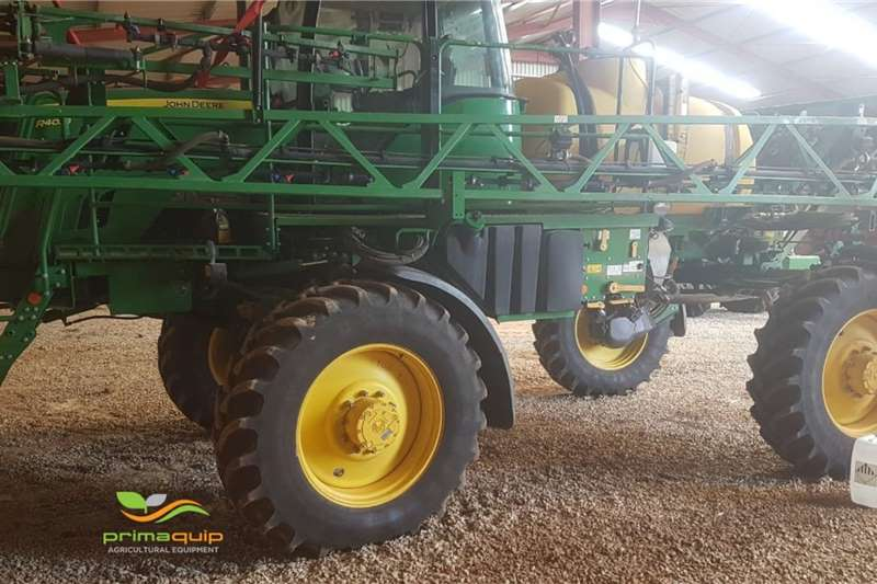 John Deere Sprayers and spraying equipment Boom sprayers John Deere R 4023 W 2015