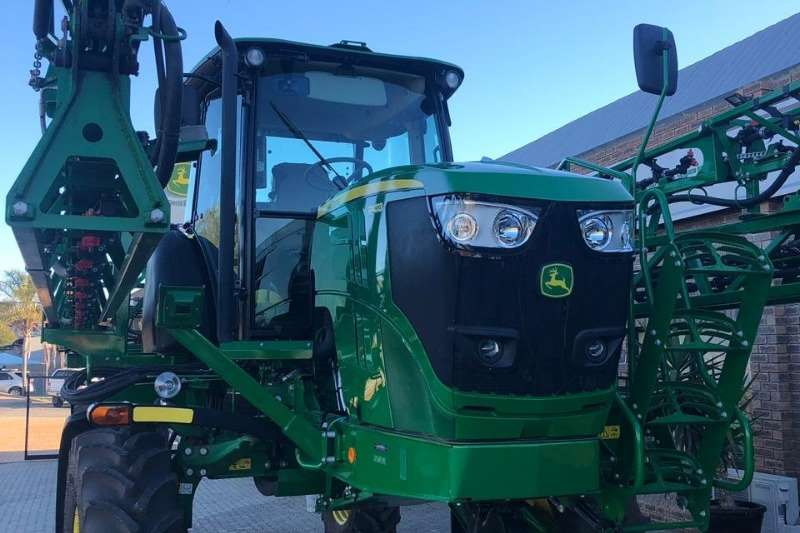 John Deere Sprayers and Spraying Equipment Boom Sprayers John Deere R 4023 W 2017