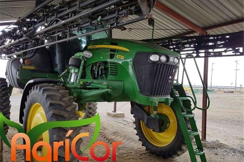 John Deere Spraying equipment 2013
