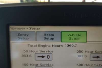 John Deere 4023 spuit Spraying equipment