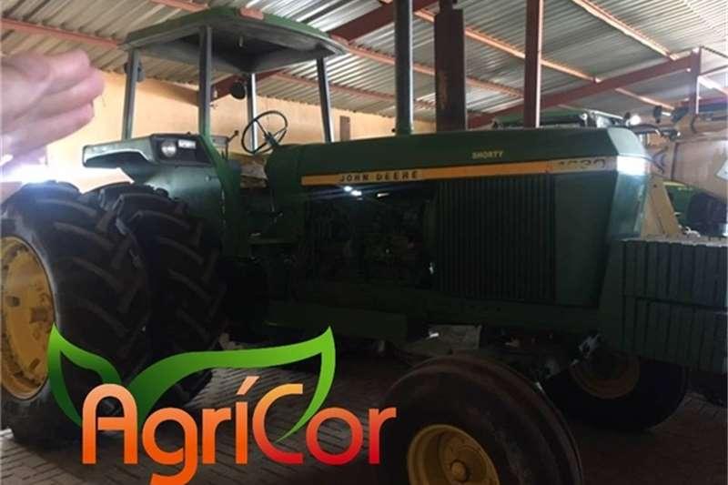 John Deere Tractors 1987
