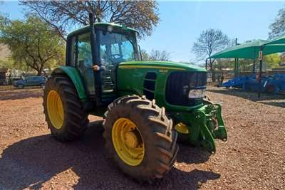 John Deere 2010 John Deere 6630 Premium cab Tractors