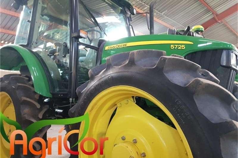 John Deere Tractors 2013