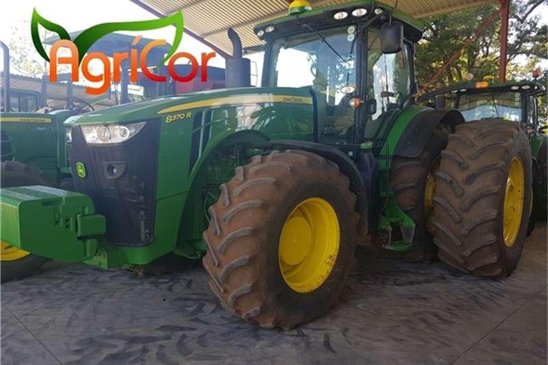 John Deere Tractors 2015