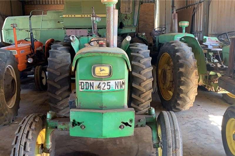 John Deere 2WD tractors John Deere 2120 Tractors