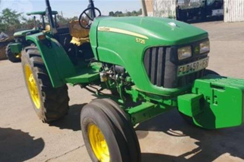 John Deere Tractors 2WD tractors JOHN DEERE 5725 2014
