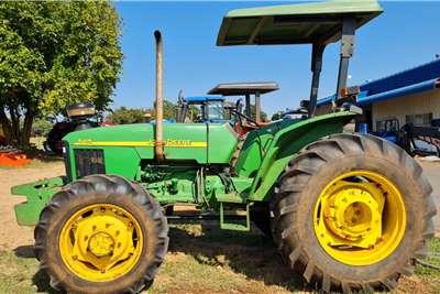 John Deere 4WD tractors 5415 4WD Tractors