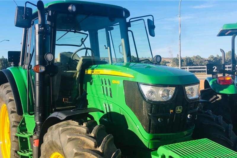 John Deere Tractors 4WD Tractors John Deere 6110 M 2017