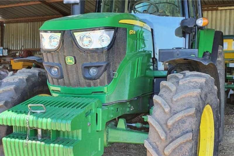 John Deere Tractors 4WD tractors John Deere 6125 M 2017