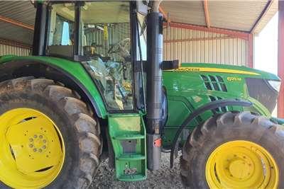 John Deere 4WD tractors John Deere 6125 M Tractors