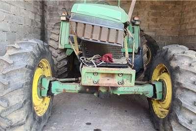 John Deere 4WD tractors JOHN DEERE 6410 4WD Tractors