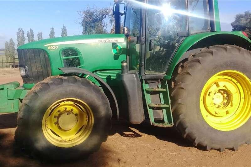 John Deere Tractors 4WD tractors John Deere 6930