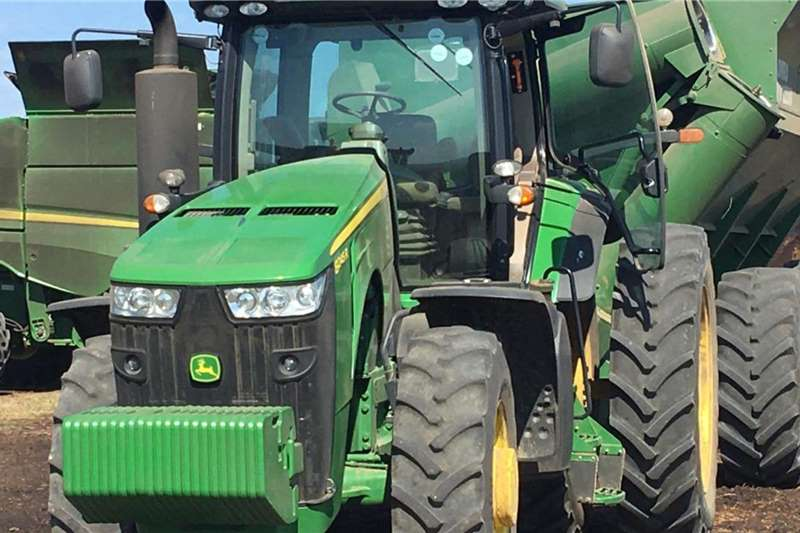 John Deere Tractors 4WD Tractors John Deere 8245 R 2016