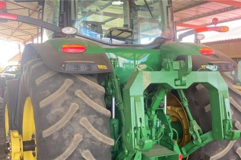 John Deere 4WD tractors John Deere 8270 R Tractors