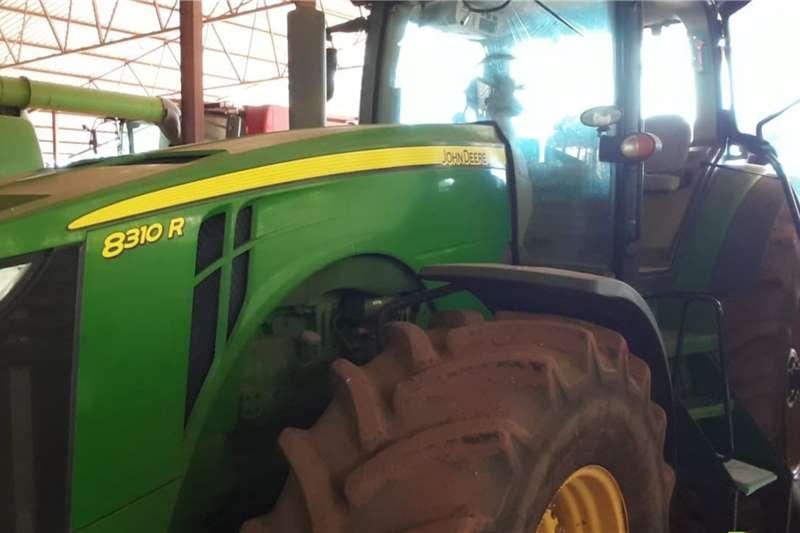 John Deere Tractors 4WD tractors John Deere 8310 R 2013