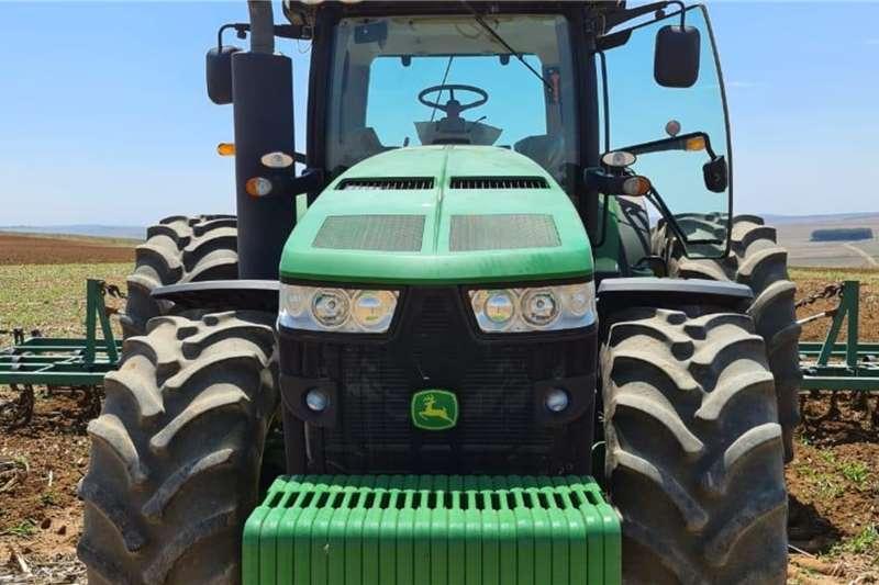 John Deere 4WD tractors John Deere 8345 R Tractors