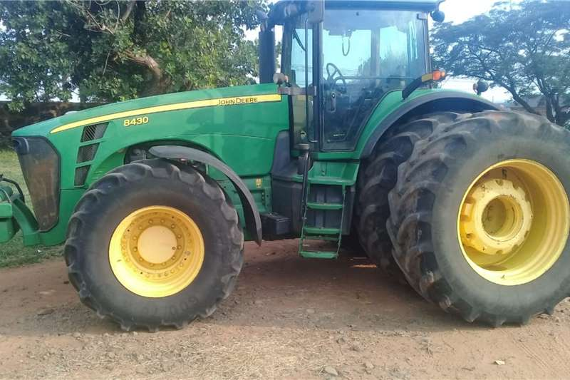 John Deere Tractors 4WD tractors John Deere 8430