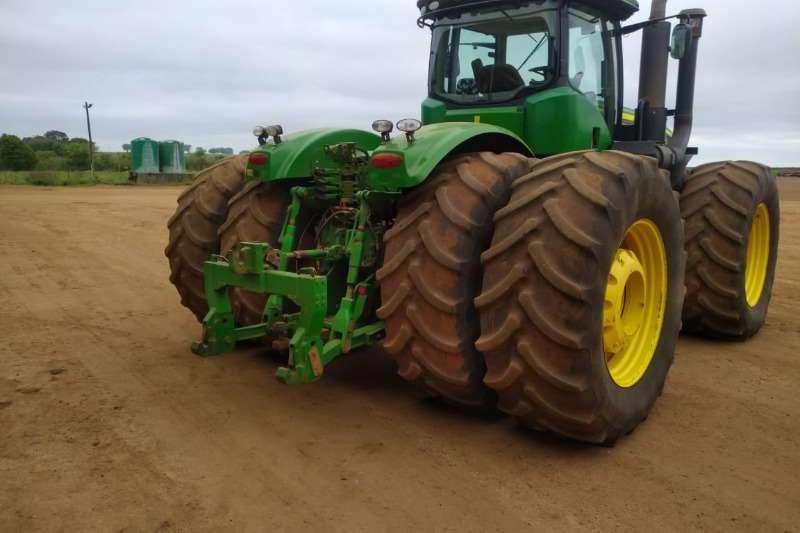 John Deere 4WD tractors John Deere 9460 R RTK Tractors