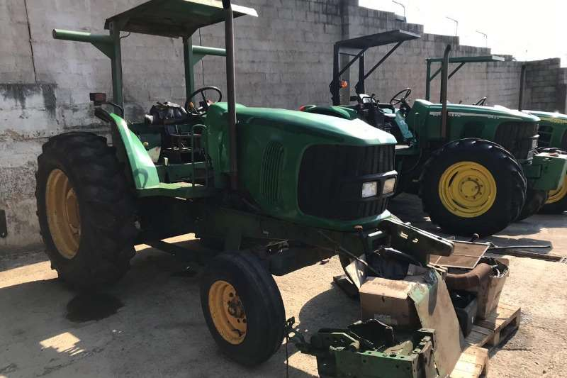 John Deere Tractors 6215 non runner, gearbox and engine need repair 2003