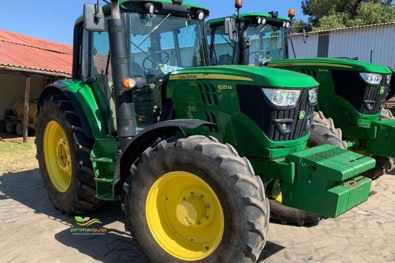 John Deere Tractors Four Wheel Drive Tractors John Deere 6125 M 2016