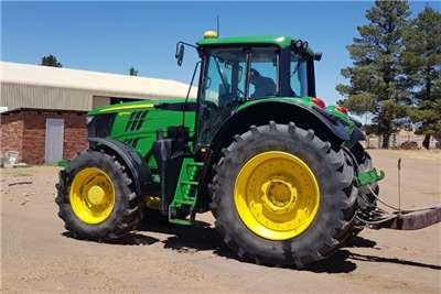 John Deere Four wheel drive tractors John Deere 6170M Tractors